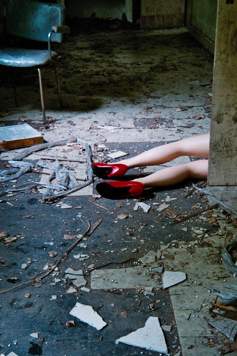 julien_capelle_the_legs_06_web.jpg