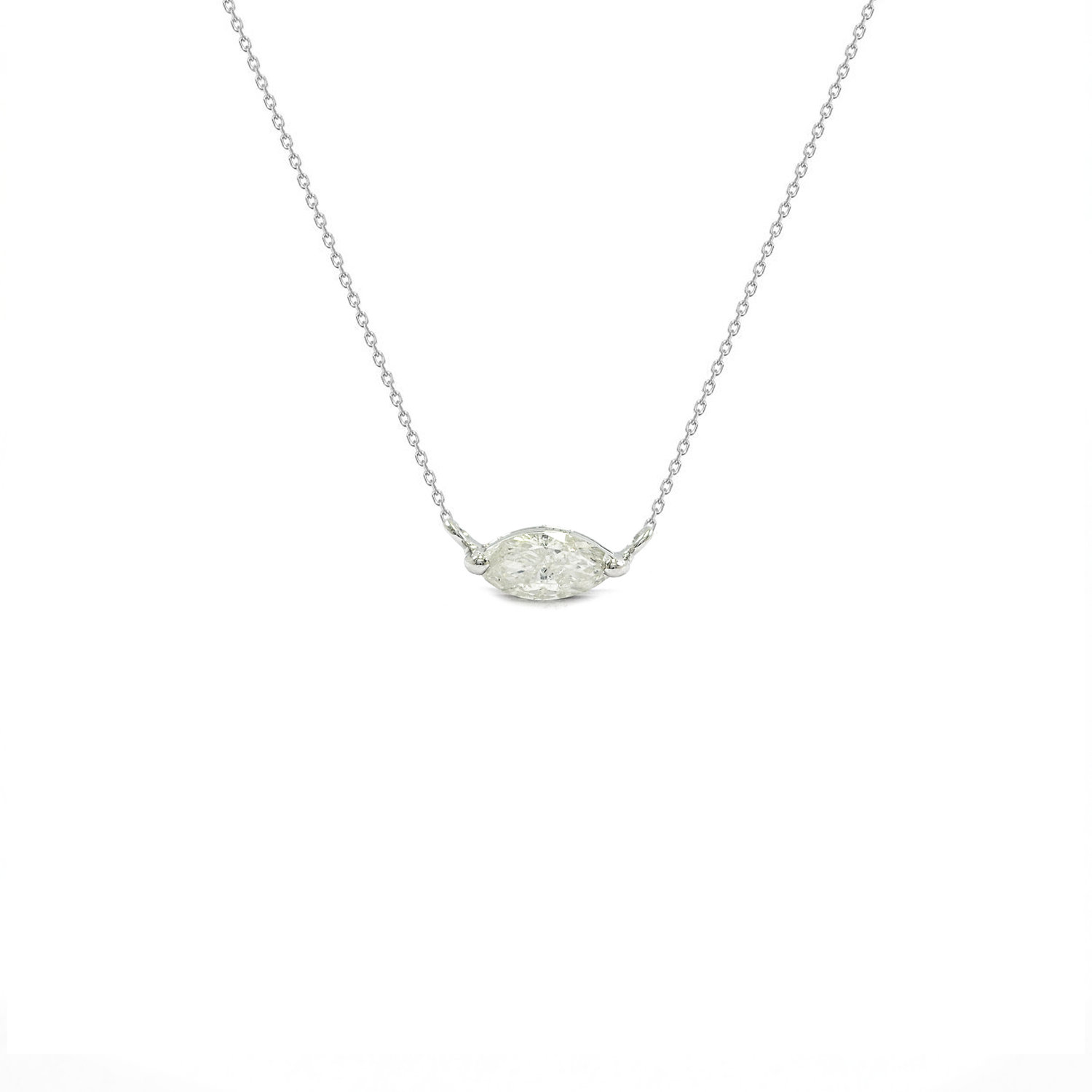 cushion de diamond aura solitaire beers necklace pendant