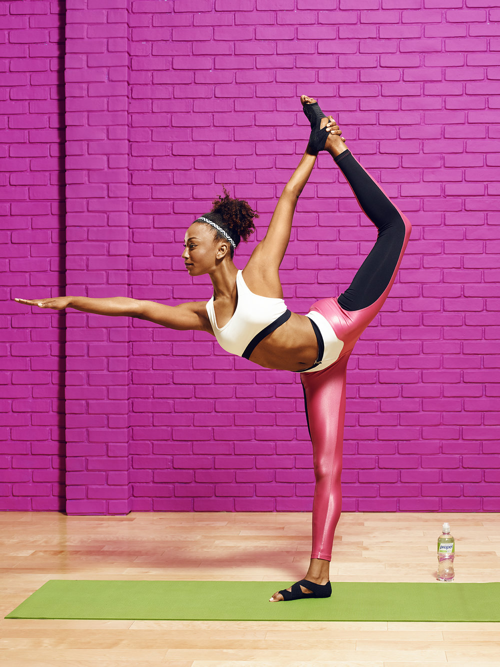 Yoga-4990-v4_72dpi_RGB.jpg