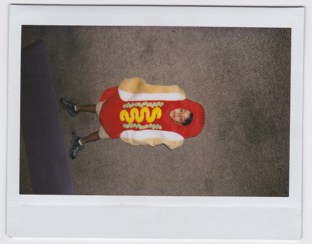 Isaac_hotdog.jpg