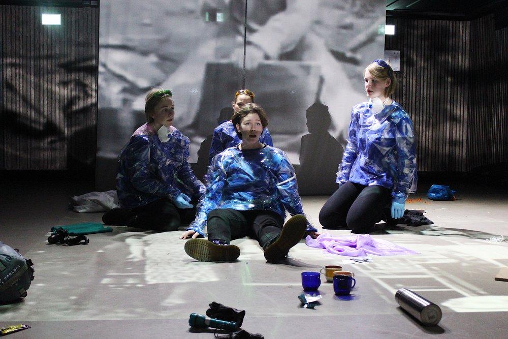 Noen må lufte Laika (2017)  Costume design Theatre play, Amma Teater.