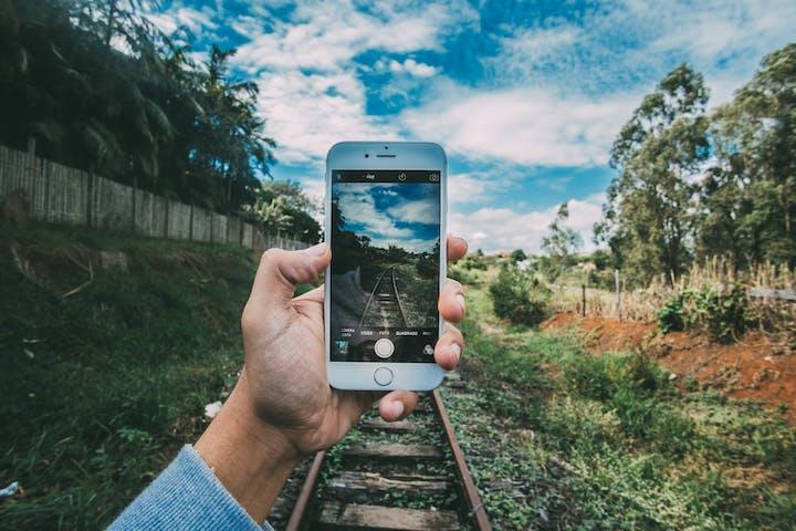 iphone_small.jpg