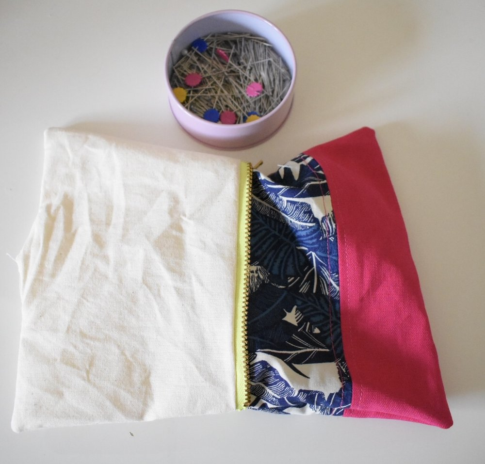 sew a zip pouch bag