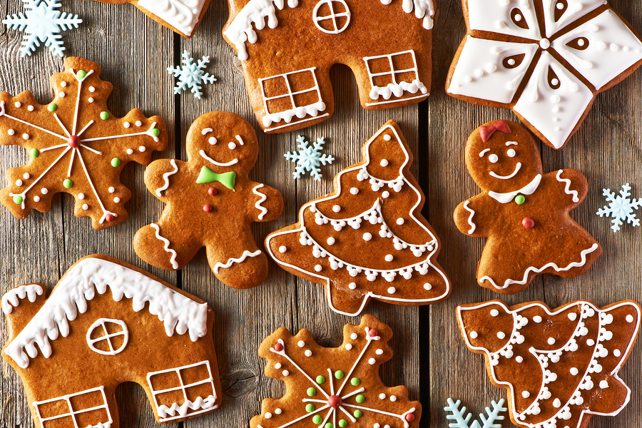bigstock-Christmas-homemade-gingerbread-73281307.jpg