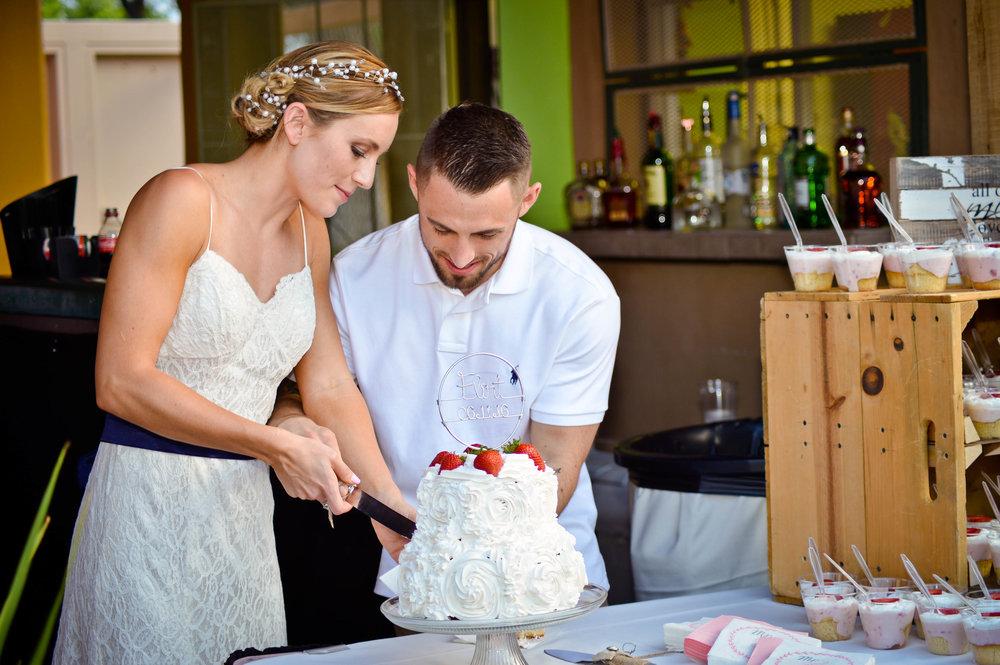 Flint/Turpen Wedding - Venue: Canyon Club at Four Hills - Photo by: Audrey Lynn Photography