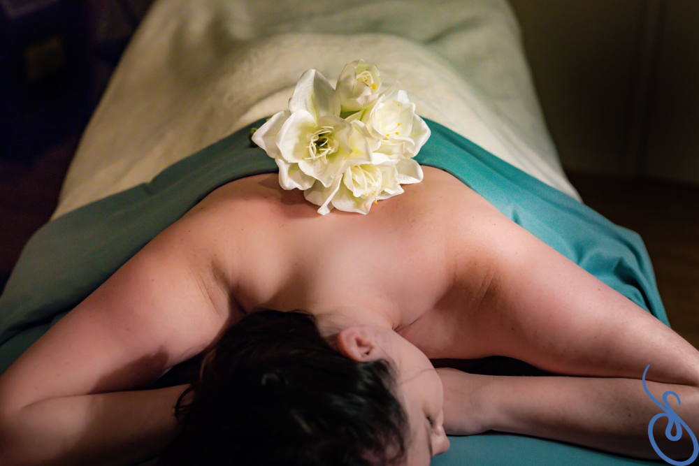 massage logo.png