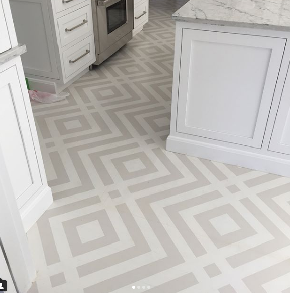 light grey diamond pattern - subtle flooring.PNG