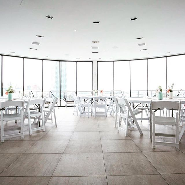 #tbt to a beautiful baby shower for a stunning mom-to-be #laceandblooms #babyshower #jerseycity #white #minimalism #thoseviews 📷@gregorybeltrephoto