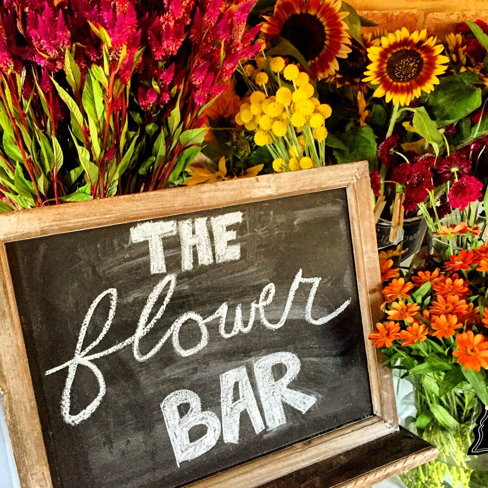 Locally sourced flowers from Butterbee Farm and Hillen Homestead