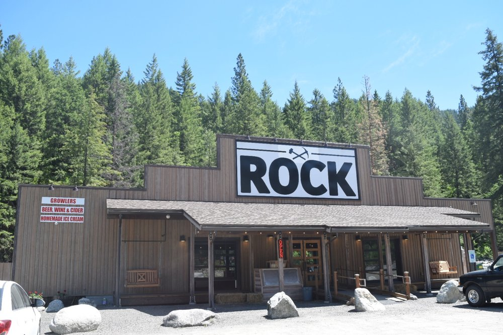 outside rock sign.JPG