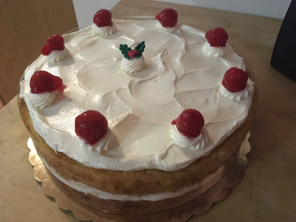 double_layer_raspberry_cake.JPG