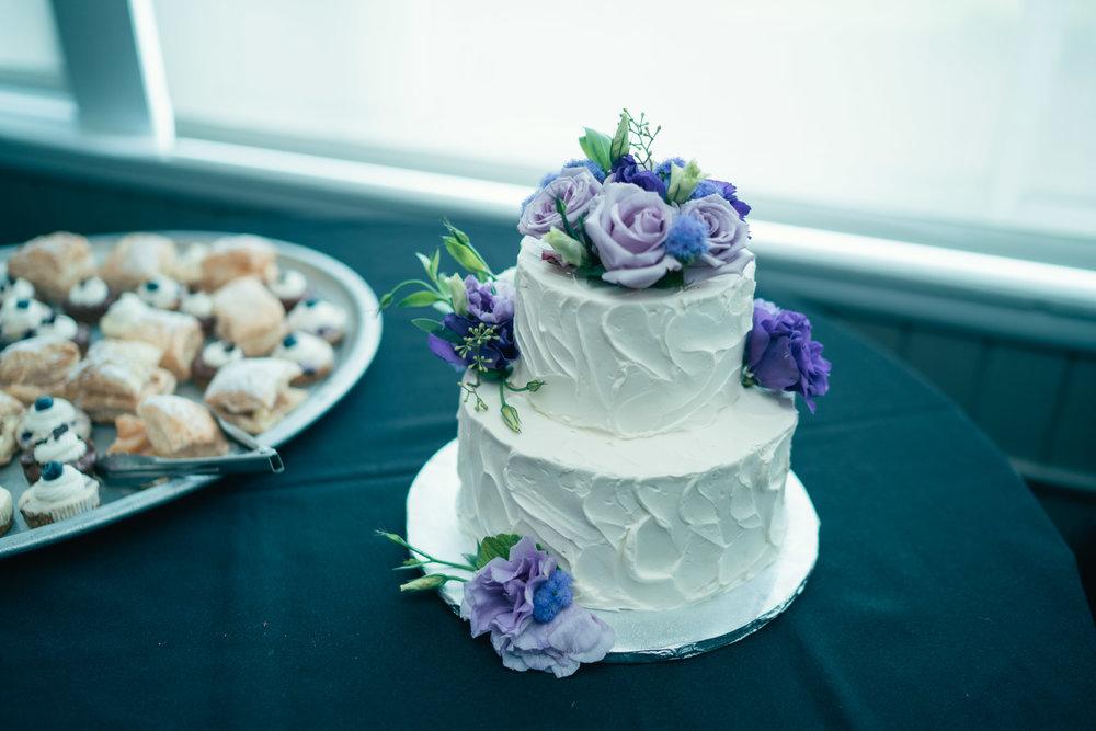 cake_bluepurple_and_treats.JPG
