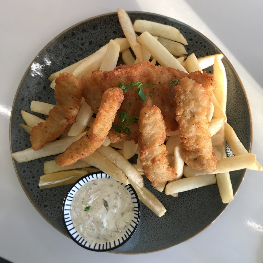 Fish & Chips from Salty Splash  @SipsandNibs