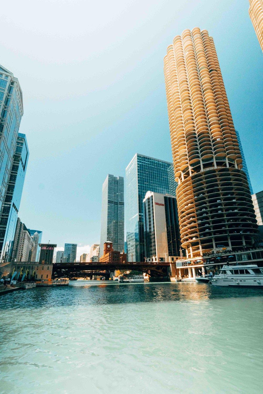 36-hours-in-chicago-chicago-riverwalk-2