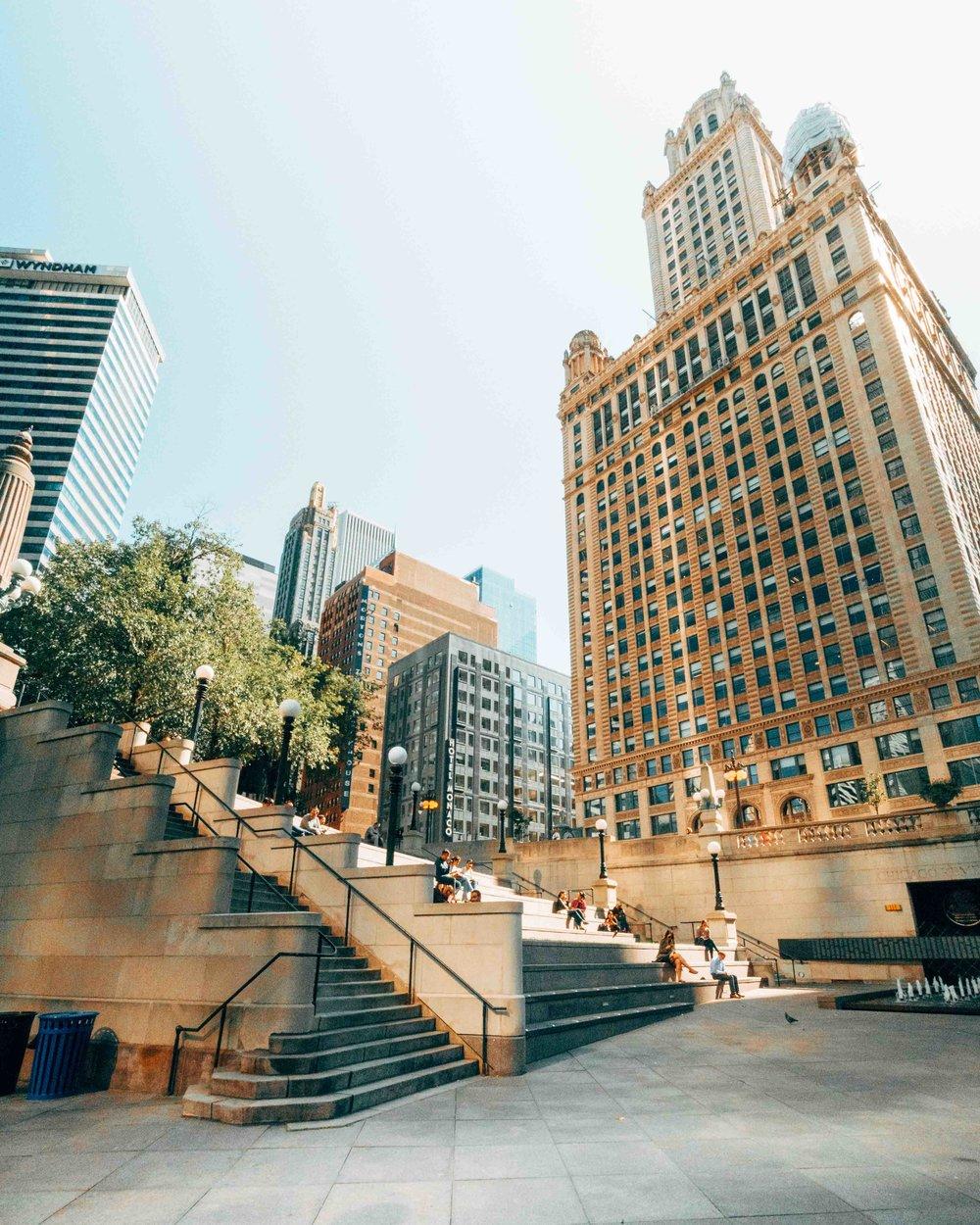 36-hours-in-chicago-riverwalk-3