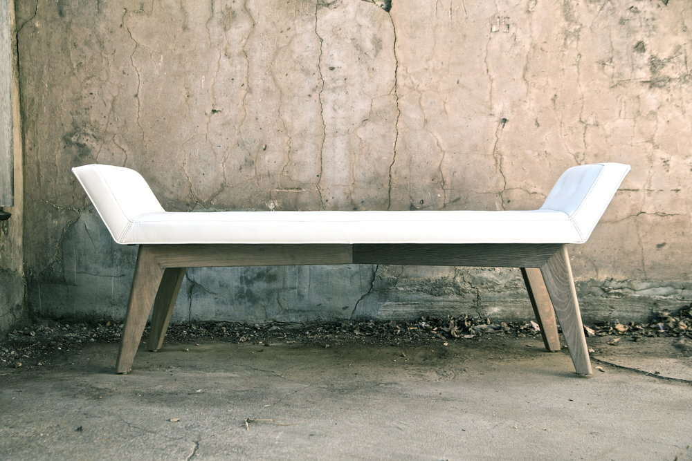 ben-riddering-white-upholstered-half-moon-bench-oak-legs