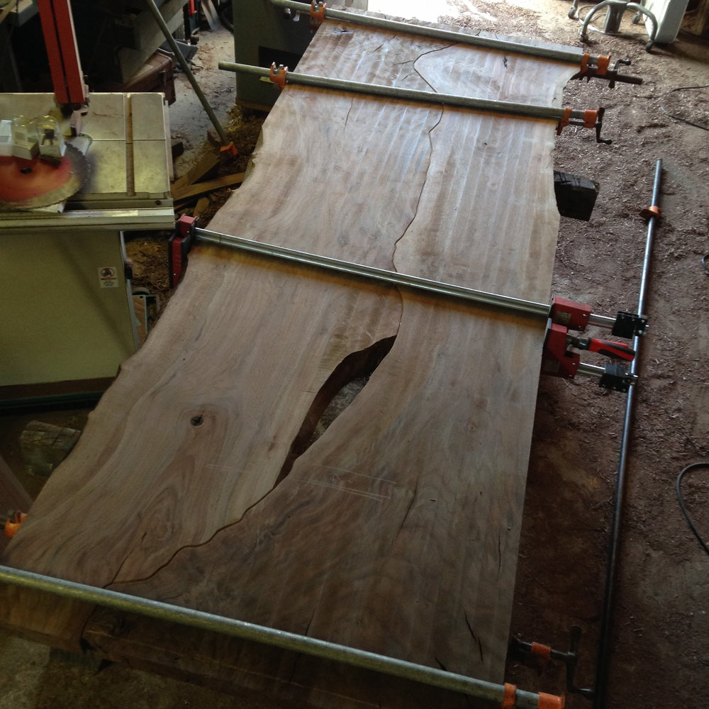 ben-riddering-live-edge-walnut-table-san-andreas