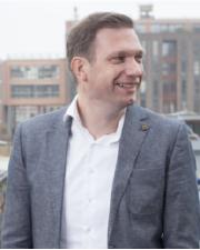 WIGGERT VAN HAAN - CIO & Founder of Roamler