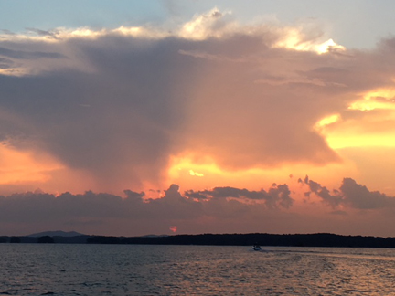 12. Another Sunset on Lake  Lanier_1668.jpg