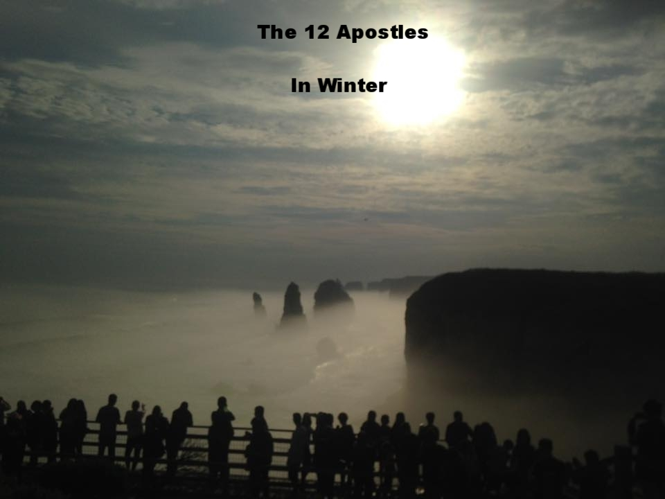 AMAZING SIGHT AT THE TWELVE APOSTLES