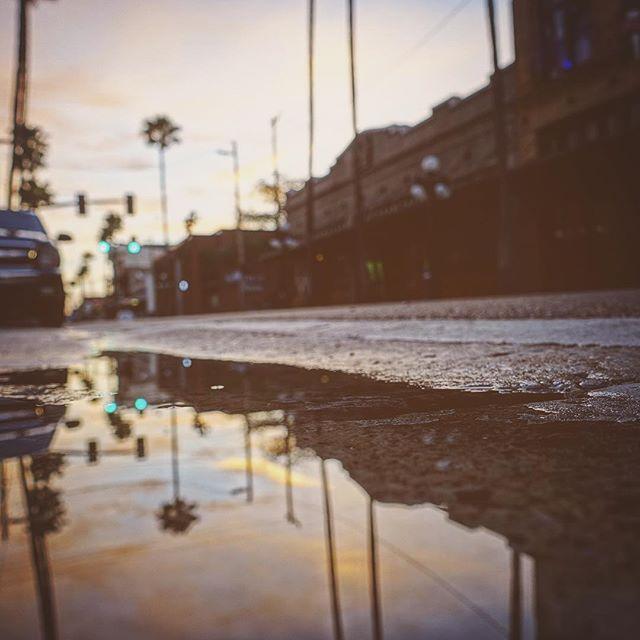 Morning Ybor #yborcity #florida #dof #sony #sonyrx100m3 #photography #landscape #street #morning #reflection #palms #puddle #tampa #streetphotography