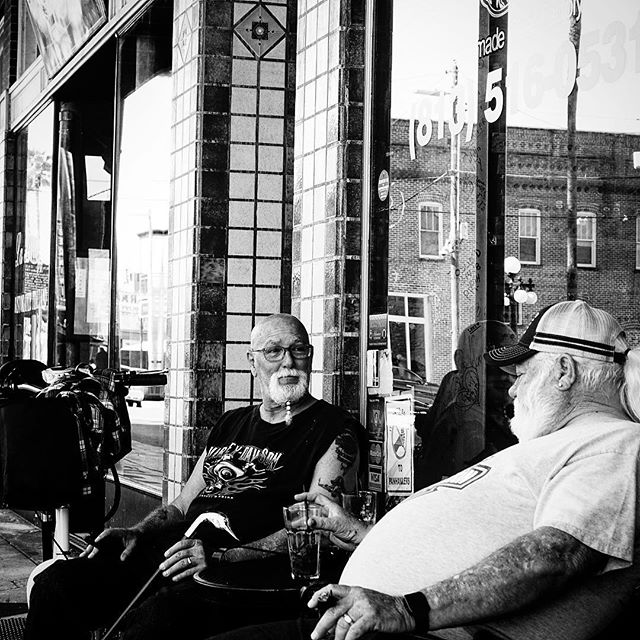 Enjoying Cigars #streetphotography #blackandwhite #blackandwhitephotography #contrast #cigars #sonyrx100m3 #yborcity #tampa #florida #story #cigar