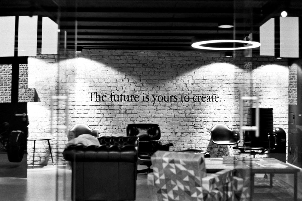 AGENCE-WTF-THE-FUTURE-SALLE-PROJECTION.jpg