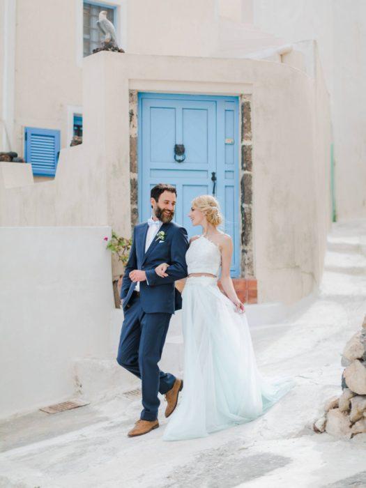 grecian-wedding-style-in-santorini-002-525x700.jpg