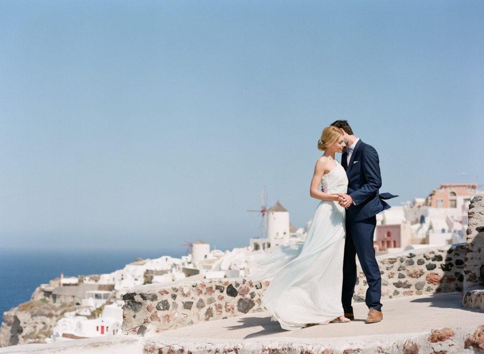 grecian-wedding-style-in-santorini-008-956x700.jpg