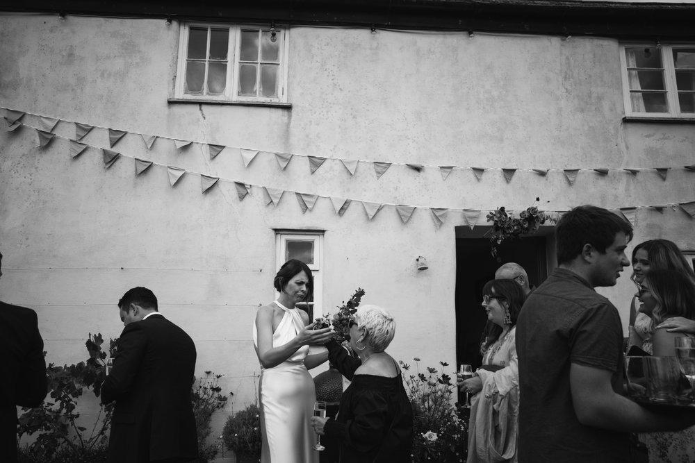 river-cottage-wedding-00806.jpg