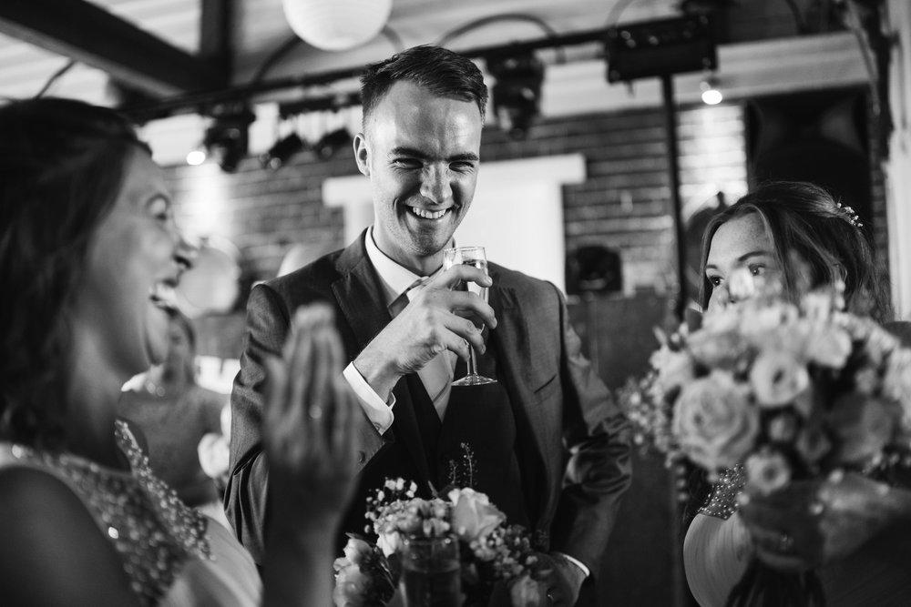 kent-wedding-photographer-05983.jpg