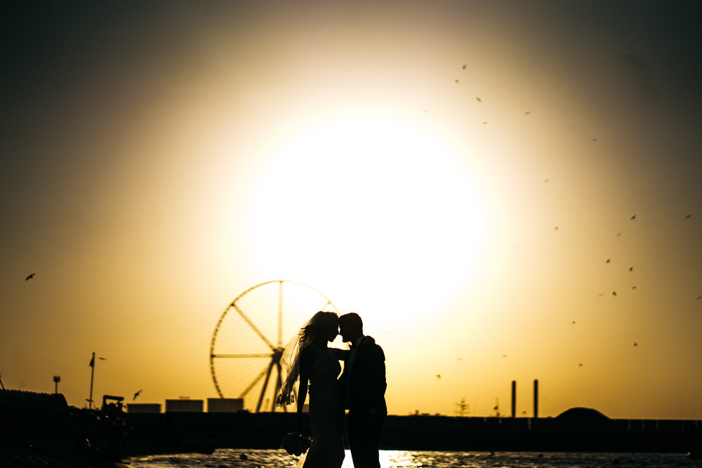Sunset wedding photo in Dubai