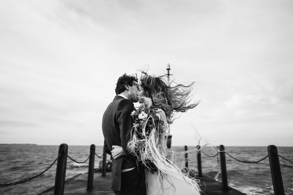 Kissing in the wind