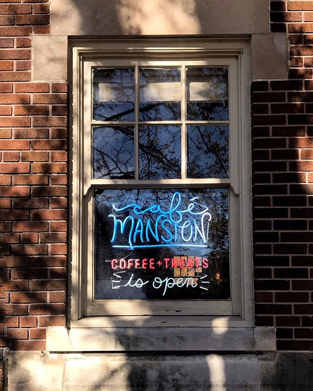 Hello beautiful 😍 have you been to @cafemansion yet? Slinging some serious Intelligentsia coffee, treats, and café vibes