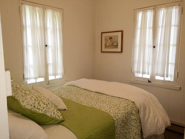 Avalon-bedroom 1.jpg