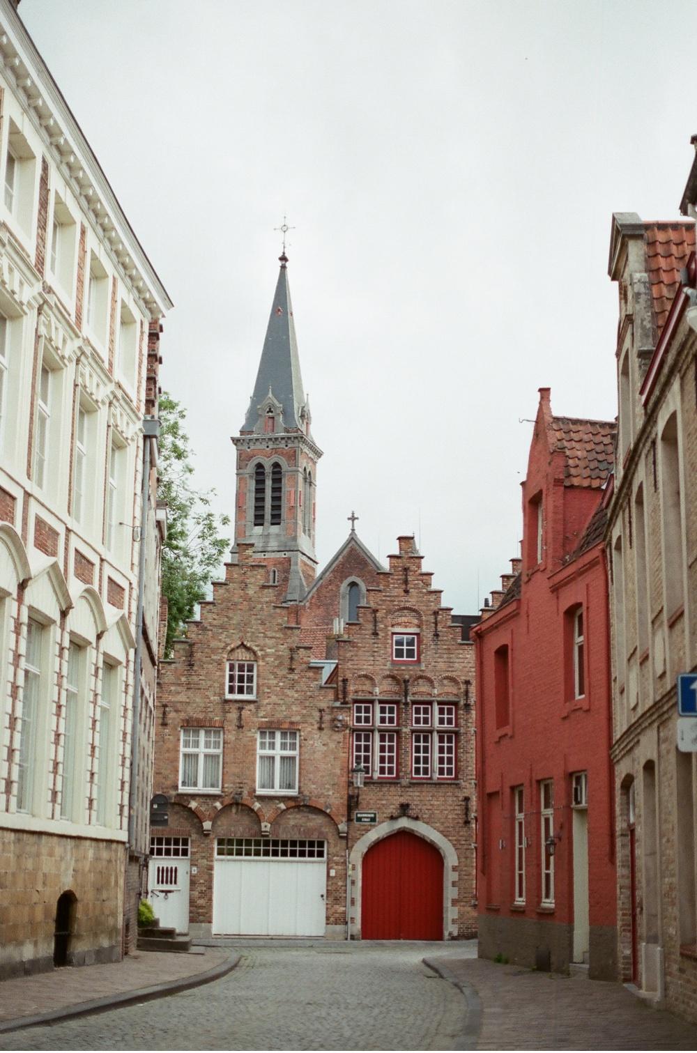 Brugge_Belgium_WeddingPhotographer©MadalinaSheldon_0021.jpg