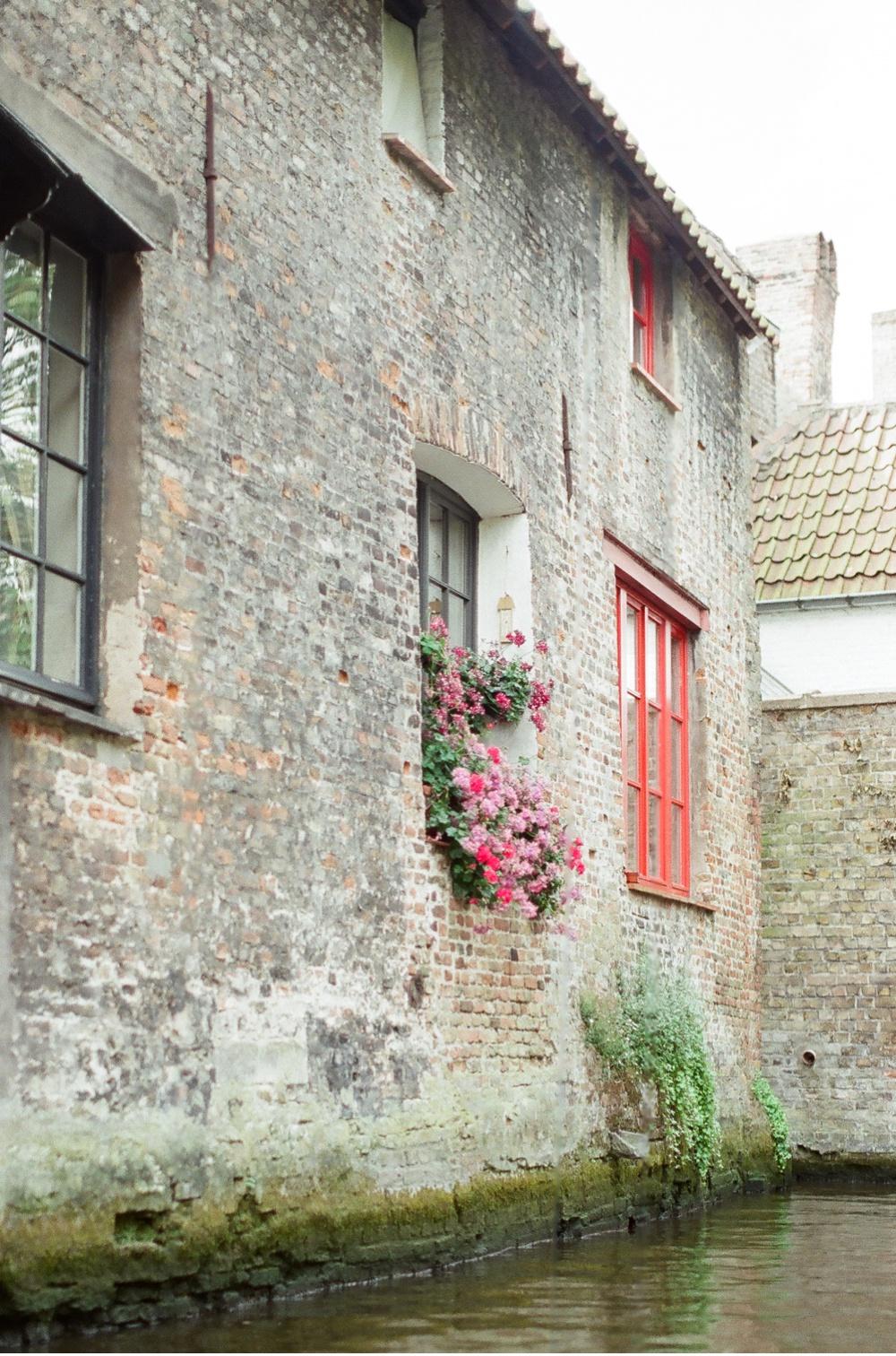 Brugge_Belgium_WeddingPhotographer©MadalinaSheldon_0027.jpg