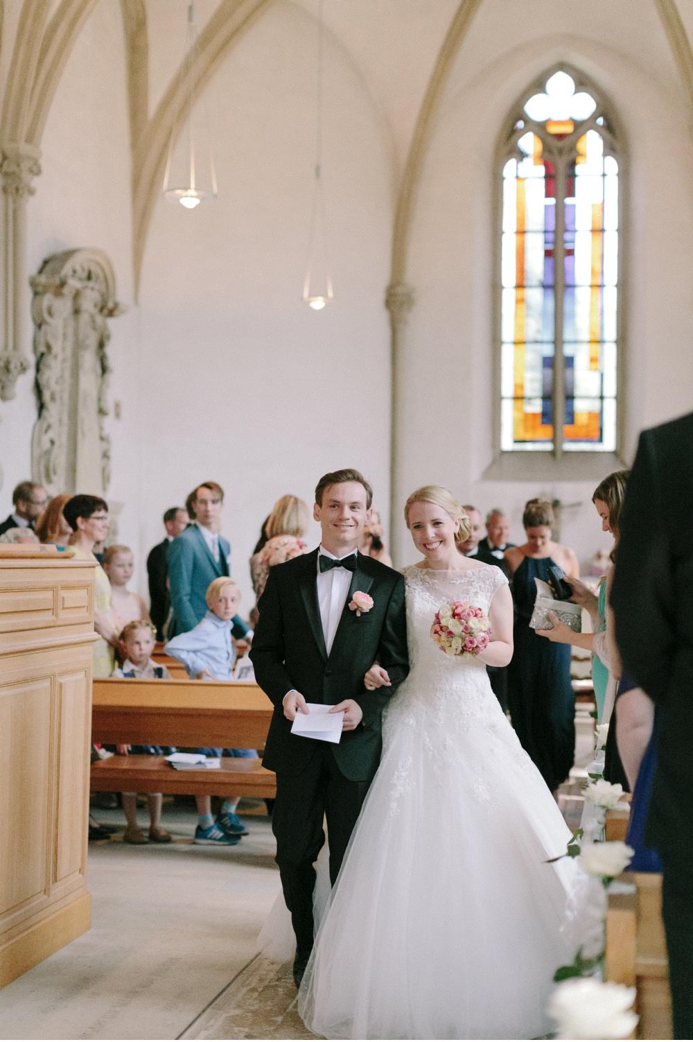 Classy_Norwegian_Wedding_WeddingPhotographer©MadalinaSheldon_0006.jpg