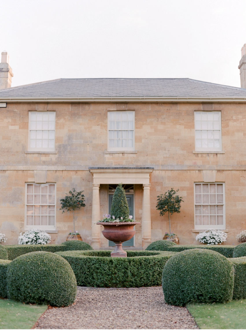 Cotswolds_WeddingPhotographer_UK©MadalinaSheldon_2.jpg