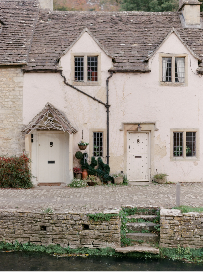 Cotswolds_WeddingPhotographer_UK©MadalinaSheldon_14.jpg