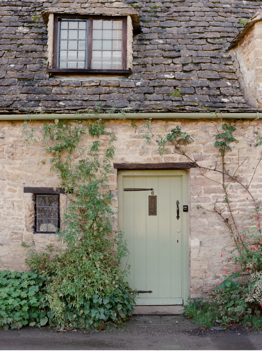Cotswolds_WeddingPhotographer_UK©MadalinaSheldon_21.jpg