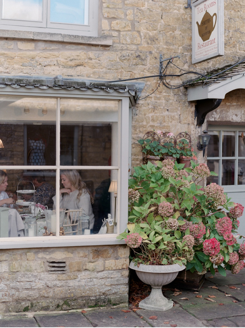 Cotswolds_WeddingPhotographer_UK©MadalinaSheldon_61.jpg