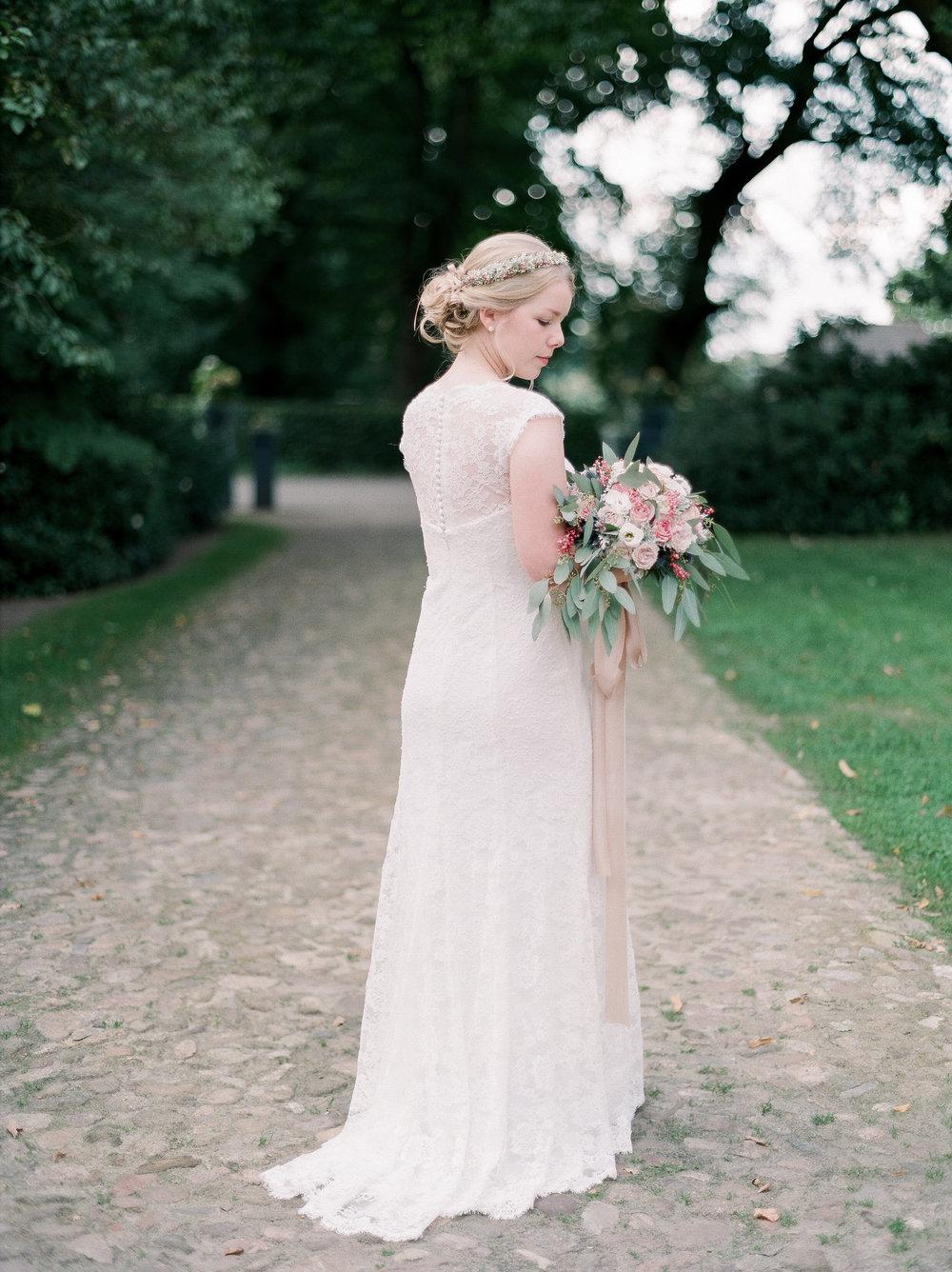 Cozy Garden Wedding -