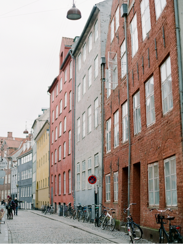 WeddingPhotographer_Copenhagen©MadalinaSheldon__0003.jpg