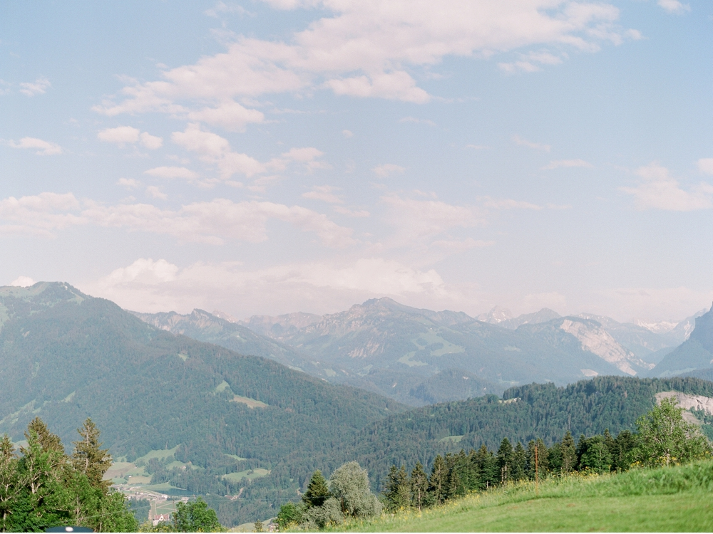 Hochzeitsfotograf_Voralberg_Bregenz_Bodensee©MadalinaSheldon__0001.jpg