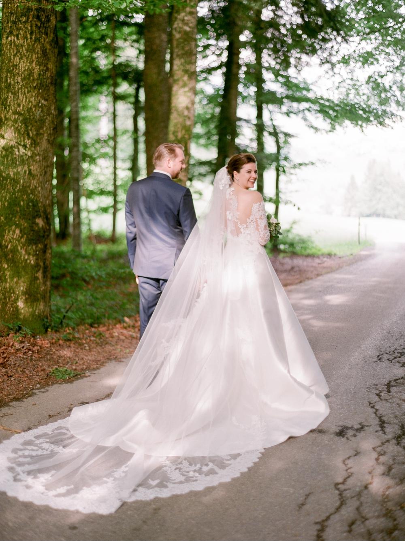 Hochzeitsfotograf_Voralberg_Bregenz_Bodensee©MadalinaSheldon__0047.jpg