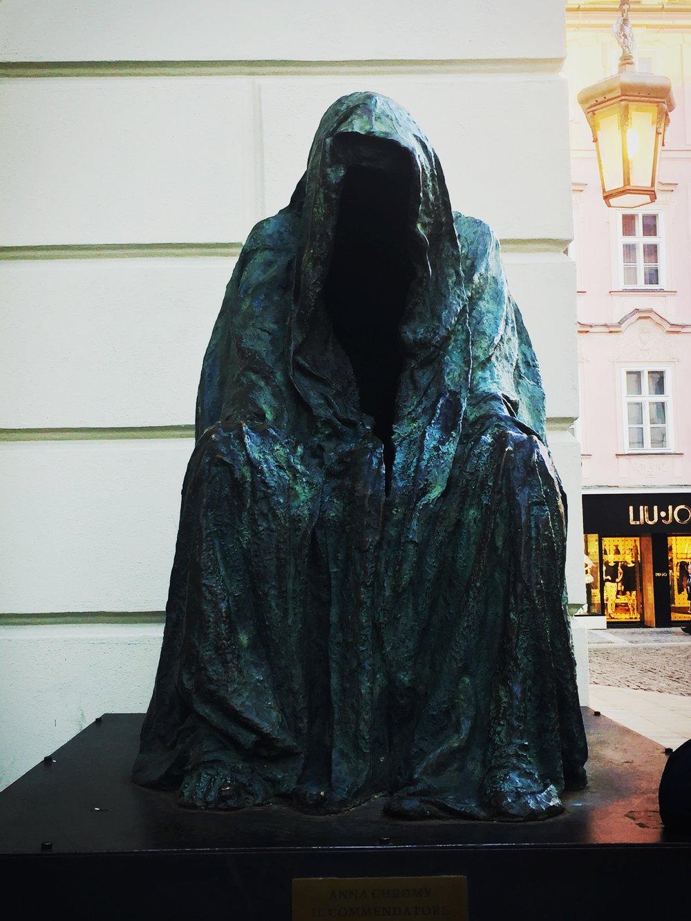 ghoststatue.jpg