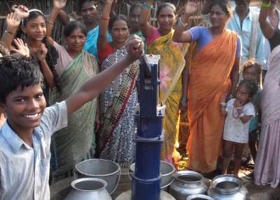 Mahali-Life-Water-Community-570x407-e1455543880885.jpg