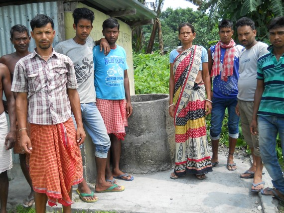 Joydevpur-Tapu_Water-Committee-570x428.jpg