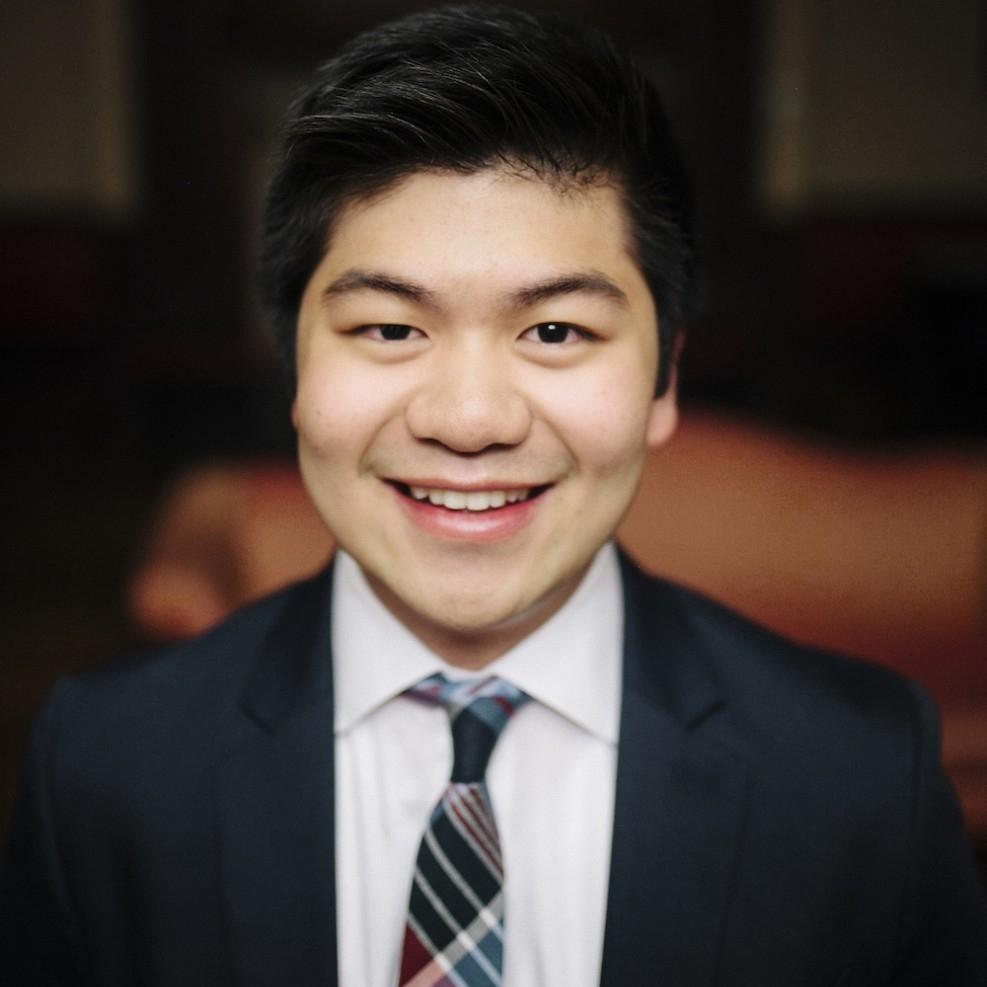 Brian Truong CEO, HelloToken | Thiel Fellow